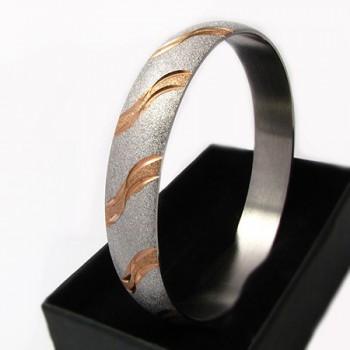 Dámský náramek z chirurgické oceli (KND78)