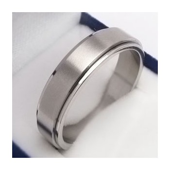 Prsten z chirurgické oceli (KP4)